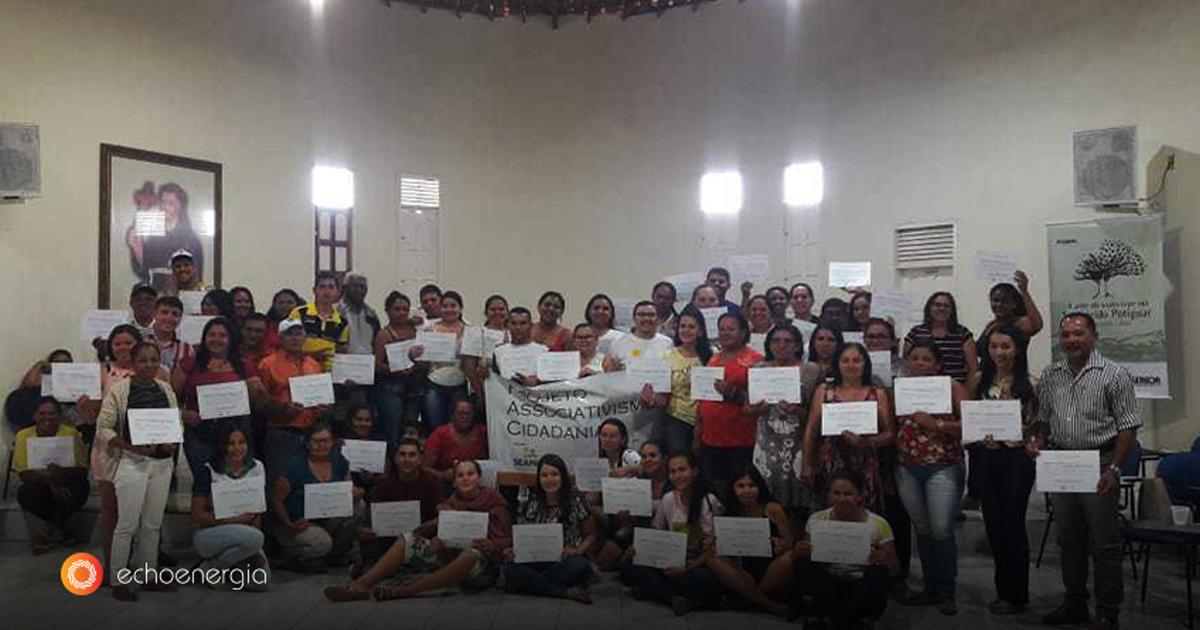 (Portugués de Brasil) Echoenergia prepara comunidades para autonomia